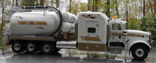 Oil Field Truck
